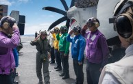 Third Fleet commander visits USS Stennis