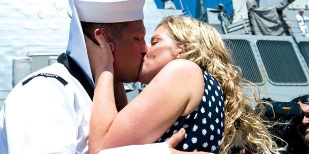 USS Sterett returns from 5-month deployment
